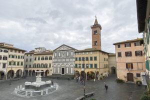 Piazza_dei_leoni